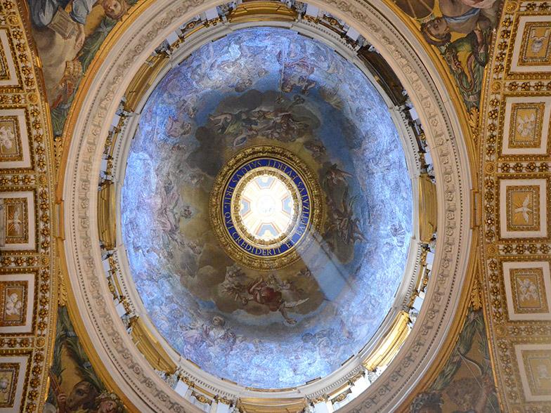 Paavi Franciscus: Pääsiäinen on kivien pois vierittämisen juhla